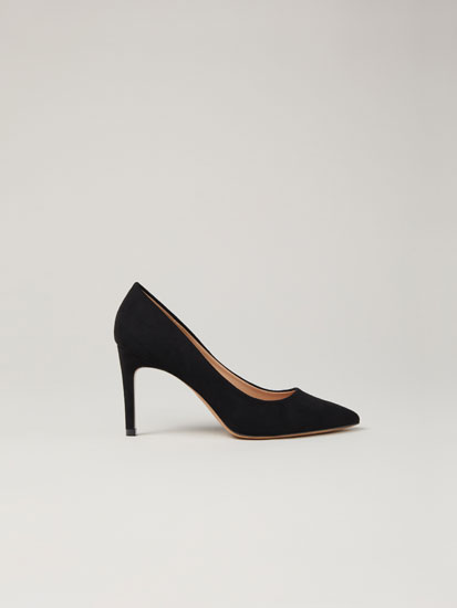Basic high-heel shoes