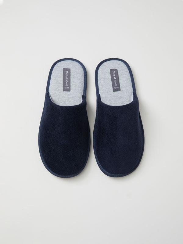 Basic house slippers