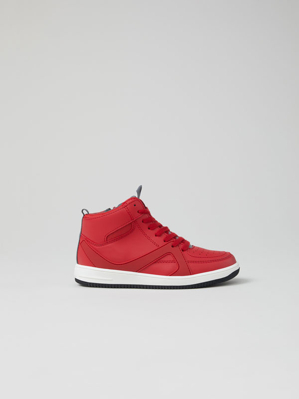 Monochrome high-top sneakers