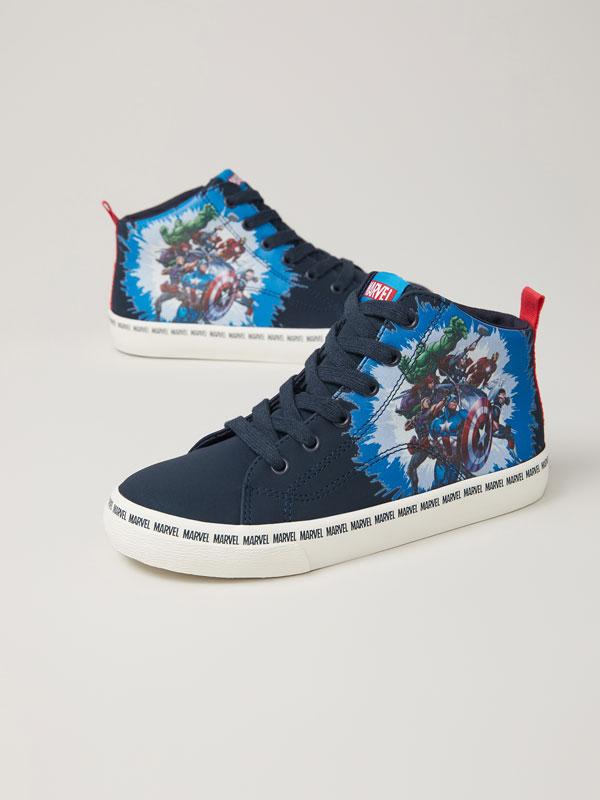 Avengers basketball shoes ©MARVEL
