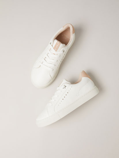 Basic soft sneakers