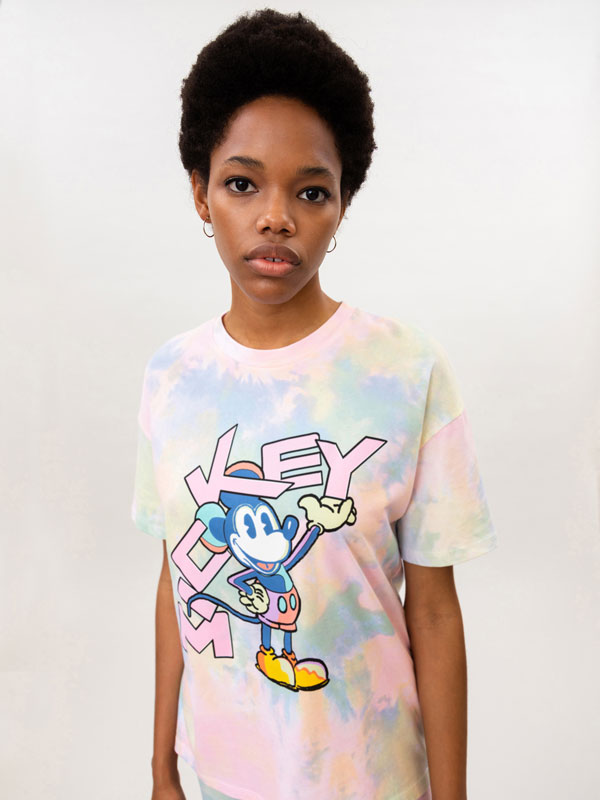 Tie-dye T-shirt with Mickey Mouse © Disney print