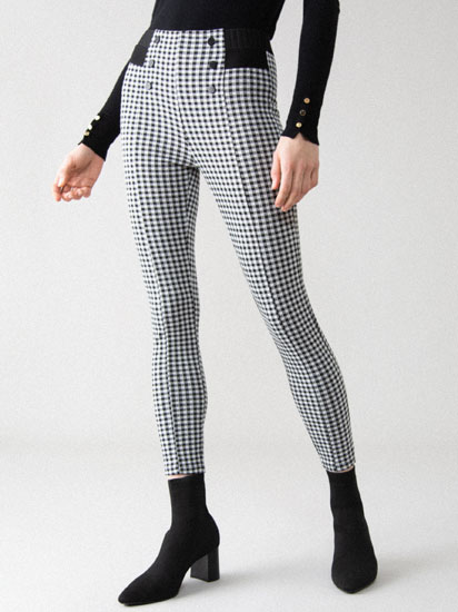 Checked leggings with buttons