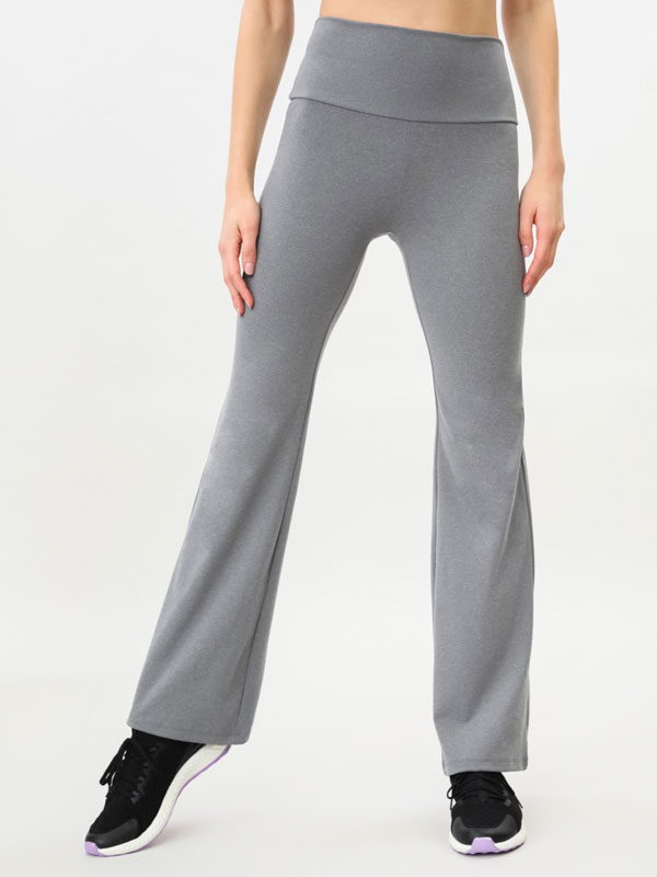 Soft-touch flared sports leggings