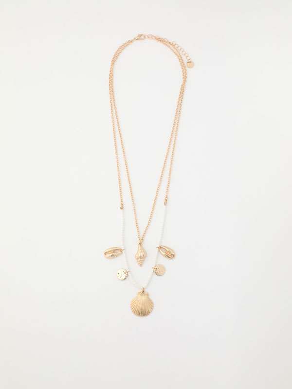 Double-strand seashell necklace