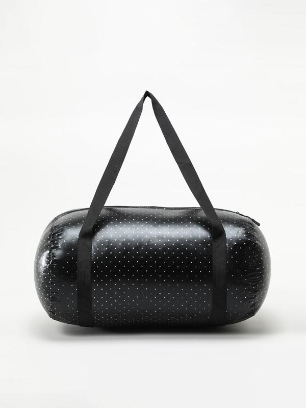 Collapsible gym bag