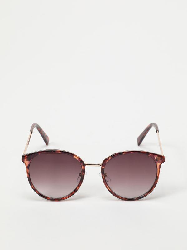 Óculos com efeito tartaruga