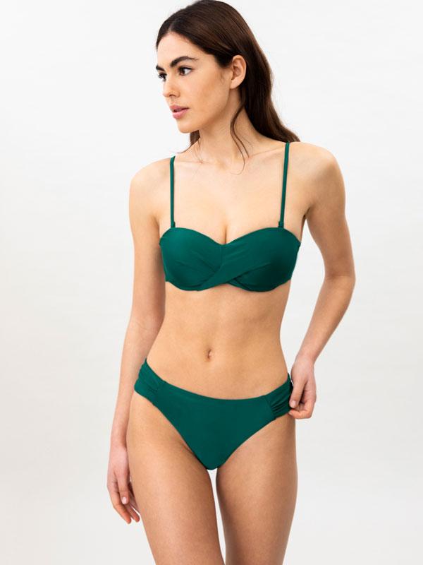 Braguiña de bikini con engurras