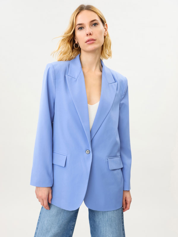 LOOSE-FITTING BLAZER