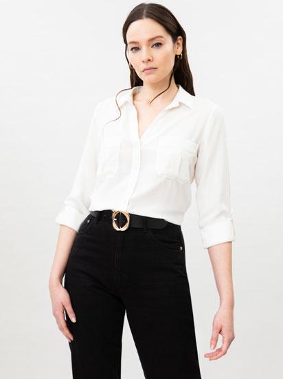 Camisa básica con bolsillos