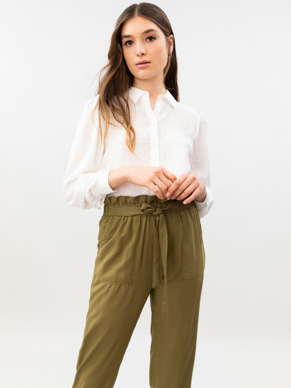 Flowing trousers with tie detail