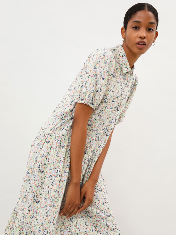 Vestido camiseiro midi