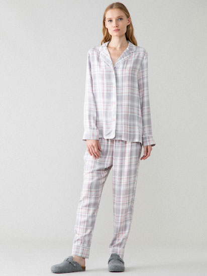 Open check pyjama set