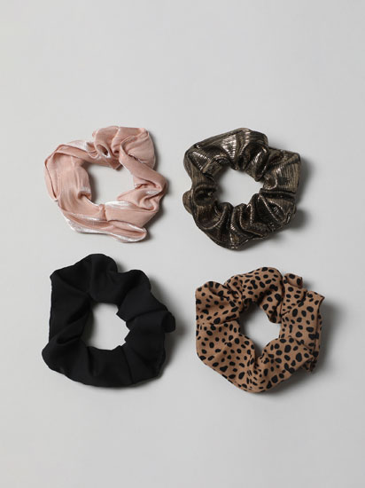 Pack of 4 assorted shiny scrunchies