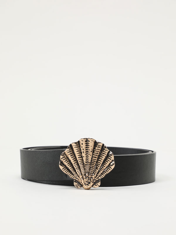 Faux leather belt with seashell
