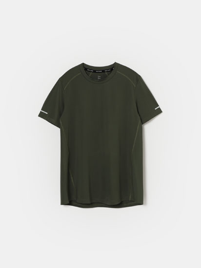 Sporty T-shirt in a technical fabric