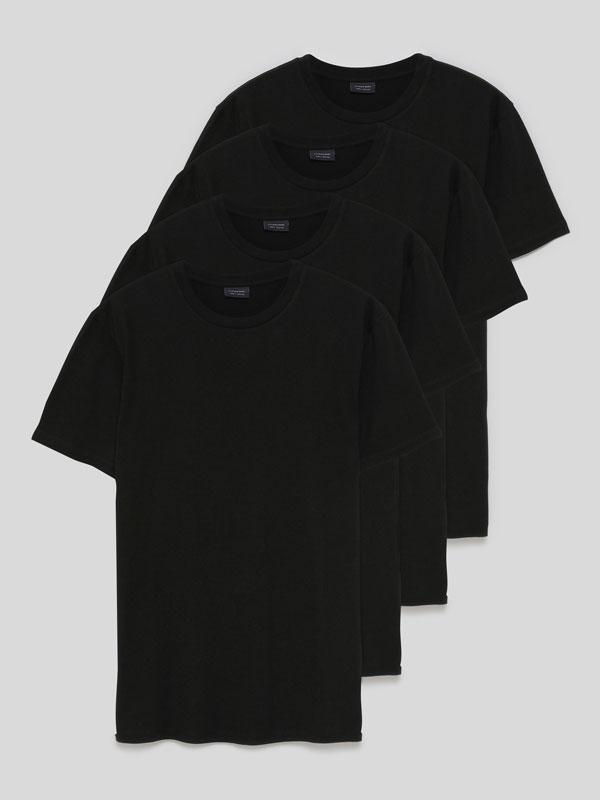 4-Pack of basic T-shirts
