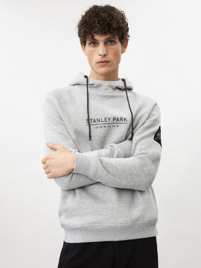 Sweatshirt desportiva com estampado