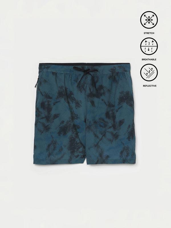 Stretch Bermuda sports shorts