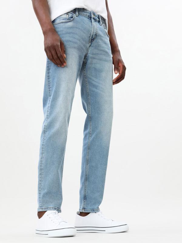 Jeans conforto slim fit
