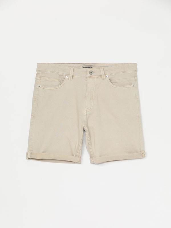 Comfort Slim coloured Bermuda shorts