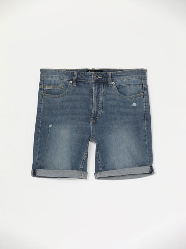 Bermudas Comfort Slim con rotos