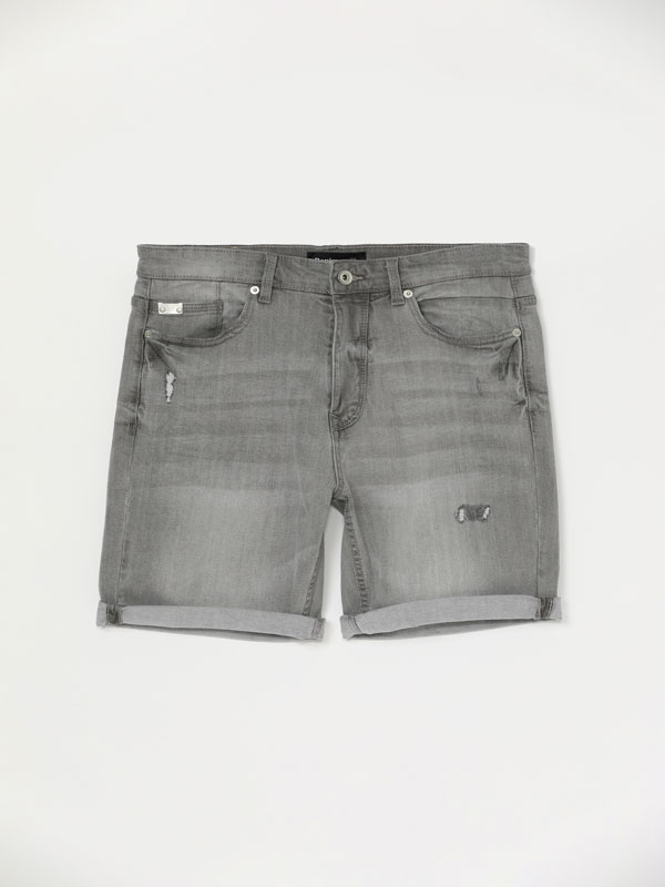 Comfort Slim ripped Bermuda shorts
