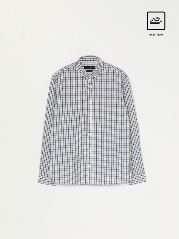 Camisa de cuadros planchado fácil