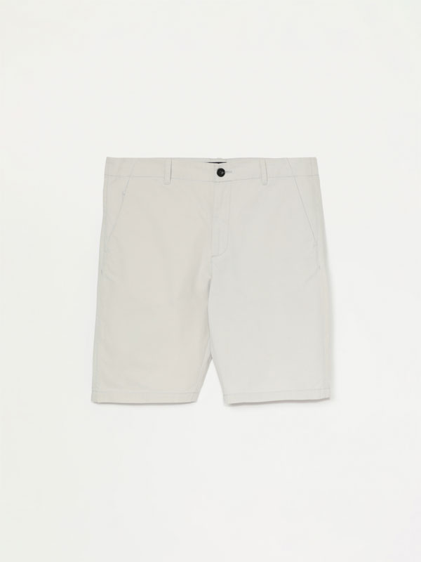 Basic Bermuda chino shorts