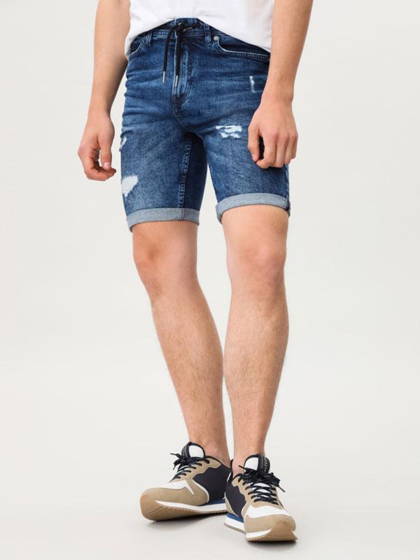 Stretch skinny Bermuda shorts