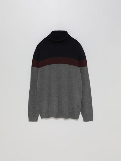 Colour block turtleneck sweater