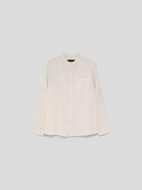 Camisa de lli-cotó de coll mao