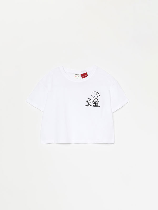 T-SHIRT CROPPED DE SNOPPY & CHARLIE BROWN – PEANUTS™