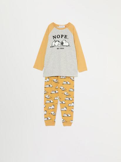 Conjunto de pijama com estampado do Snoopy™