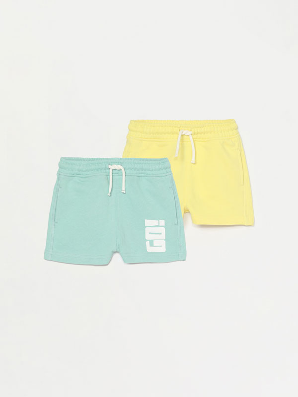 2-Pack of plain and slogan printed Bermuda shorts