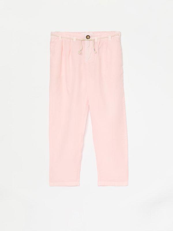 Jeans fluídos de lyocell