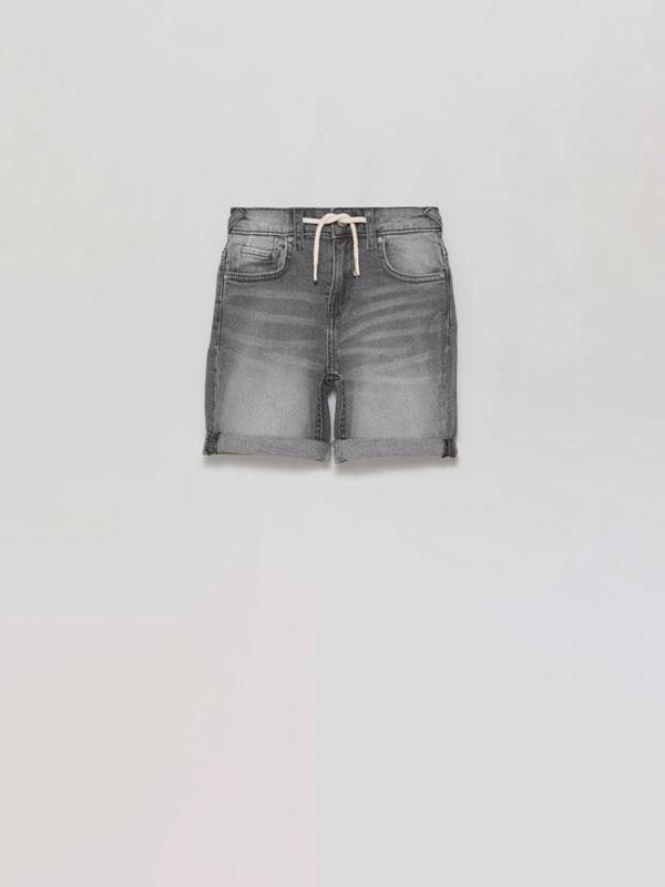 Stretch denim Bermuda shorts