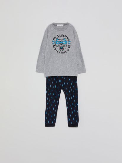 Conjunto de pijama polar estampado