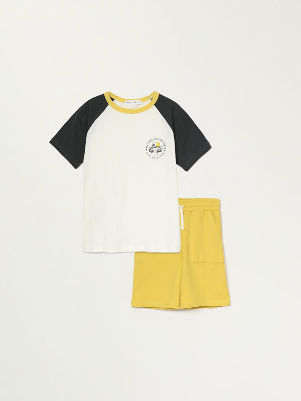 2-piece T-shirt and Bermuda shorts set