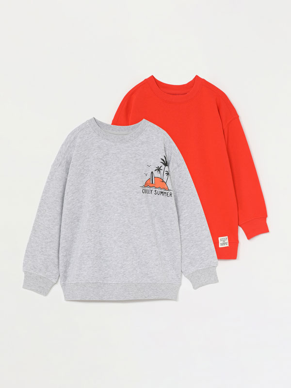 2-pack of plain and printed sweatshirts