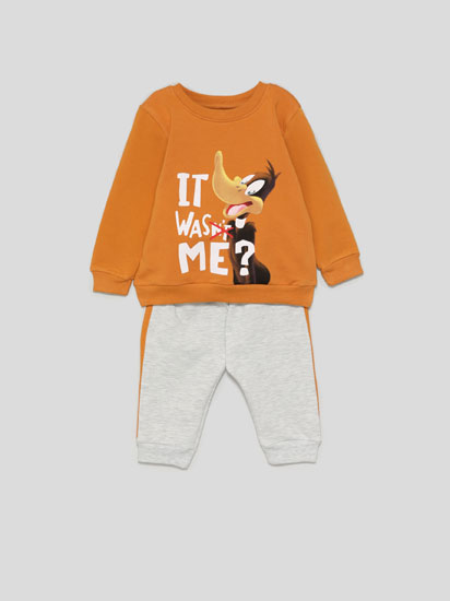 DAFFY DUCK © &™ WARNER BROS SWEATSHIRT AND BOTTOMS SET