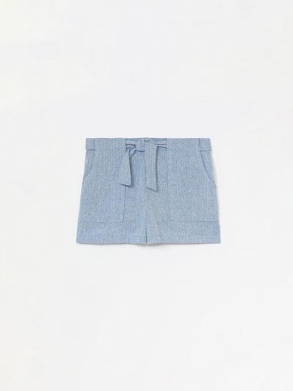 Pantalón curto con lazo