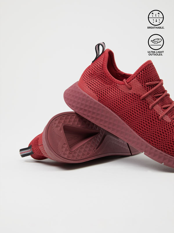 Dynamic sneakers