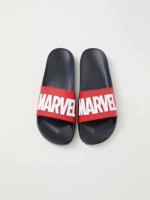 Chanclas pala ©MARVEL