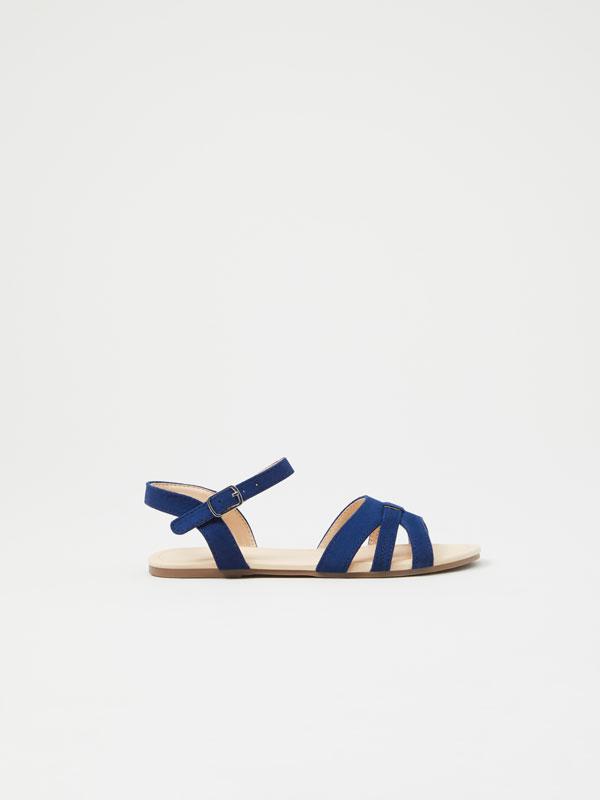 Sandálias básicas